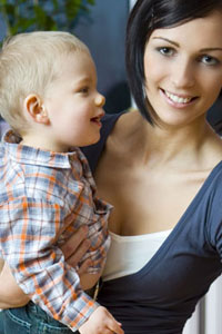 Как правильно выбрать няню малышу