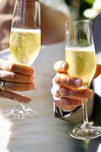Где купить алкоголь на свадьбу