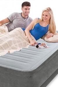 Надувные кровати и матрасы Intex