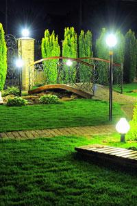 Освещение в саду: полезные рекомендации