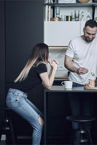 Як вибрати стільці і табурети для кухні