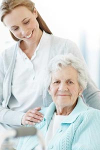 Ухаживать за пожилыми родителями, не забывая себя