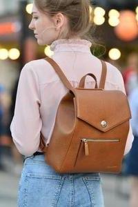 Як вибрати міський жіночий рюкзак