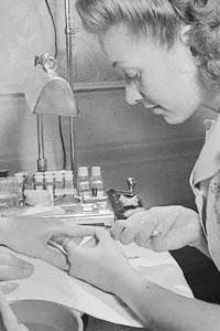 История маникюра: как его делали наши предки и как делать нам