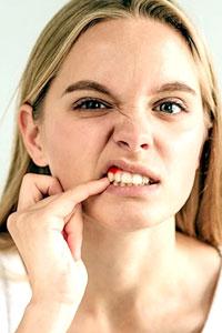 Откололся кусочек зуба, что делать?