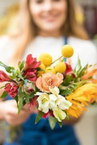 Доставка цветов приятный сюрприз для дорогого человека