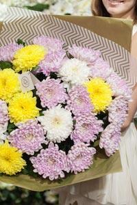 Этикет дарения цветов: какой букет подарить
