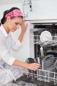 Ремонт посудомоечной машины в случае ее протечки