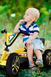 Как выбрать качественный веломобиль для ребенка