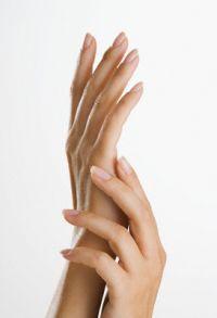 Красивые руки летом