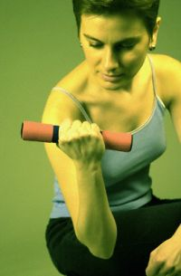 Тренируем руки и плечи