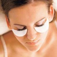 5 потужних засобів для видалення темних кругів і мішків під очима
