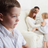 Причины детской ревности: старший не значит взрослый