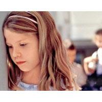 Путь изгнанника: как помочь ребенку не стать изгоем в школе?