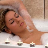 Что полезнее: прохладный душ или горячая ванна