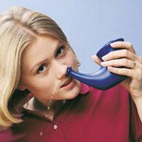 Сезонные аллергии: йоги рекомендуют носовые орошения