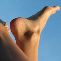 Лечения трещин на пятках