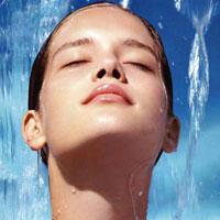 Женская стихия: купание для красоты и здоровья