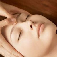 Точечный массаж при насморке и остеохондрозе, головной боли и гипертонии
