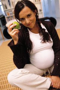 розумна їжа, харчування вагітних, майбутньої мами, раціон в період вагітності