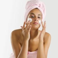 5 дешевих ефективних аптечних засобів для краси