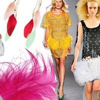 Тренд лета 2012: платья, обувь, украшения с перьями