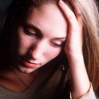 Послеродовая депрессия: причины, симптомы, лечение
