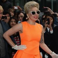 Леди Гага получила сотрясение мозга во время концерта