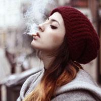 Курение увеличивает риск рака груди