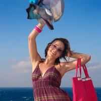 Собираем чемоданы: какую одежду взять на отдых