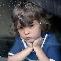 Как помочь ребёнку пережить расставание с мамой