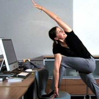 Гимнастика в рабочий полдень