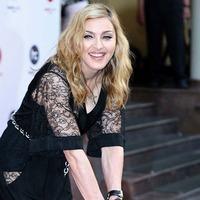 Мадонне - 54! или Секрет её молодости