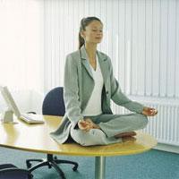 Медитация избавляет от одиночества и некоторых заболеваний