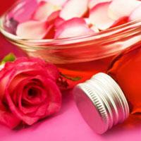 Как самому приготовить розовое масло и эссенцию?