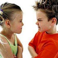 Ребёнок от двух до пяти: причины агрессии