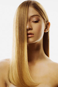 Як позбутися посічених кінчиків волосся