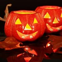 Хэллоуин: как сделать тыквенный фонарь и приготовить традиционные угощения