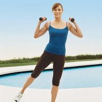 10 упражнений с гантелями для стройной фигуры