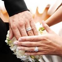 Современные обручальные кольца: как выбрать?