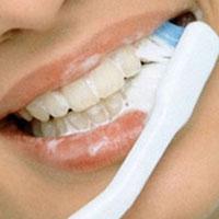 Как получить белоснежную улыбку: правила ухода за зубами