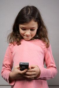 мобільний телефон, згубний вплив, мозок дитини