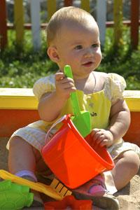 Как выбрать безопасные игрушки для ребенка