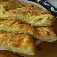 Быстрый завтрак: горячие хачапури