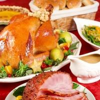 Рождественский стол: мясные блюда и пироги