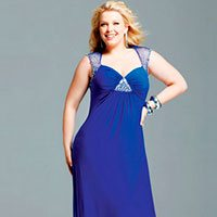Празднование Нового года: какой цвет платья выбрать, если у вас нестандартная фигура