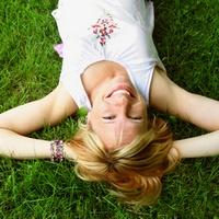 Аффирмации и женщина: позитивное мировосприятие творит чудеса