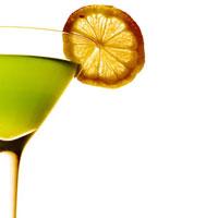 Исследование показало, что отказываться от алкоголя в январе строго противопоказано