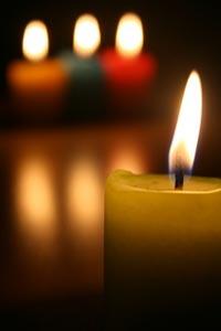 Можно выбрать цвет свечи для гадания в зависимости от интересующего