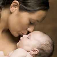 Как лечить прыщи у новорождённых